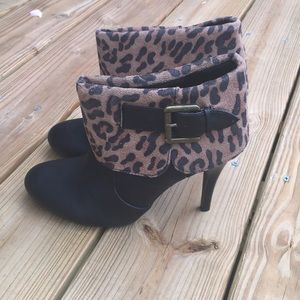 New Directions Charm Leopard print ankle Booties